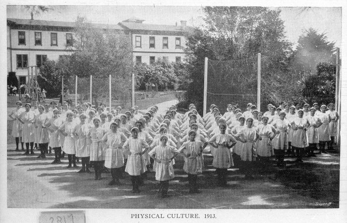 Physical education class at Nelson College for Girls. 1913